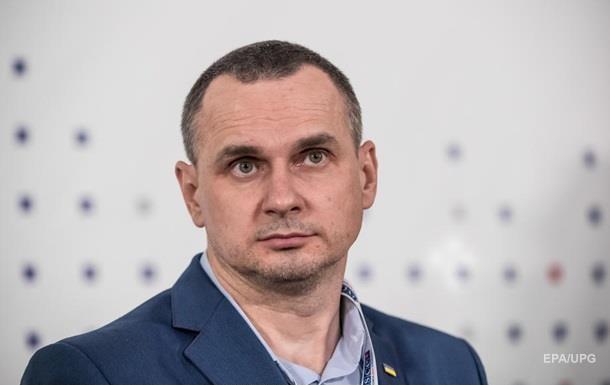Украина работает над санкционным актом Сенцова